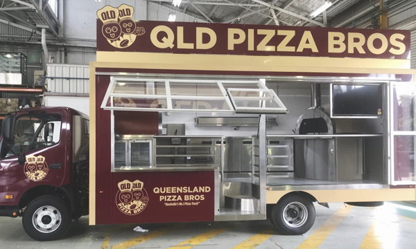QLD Pizza Bros food truck.